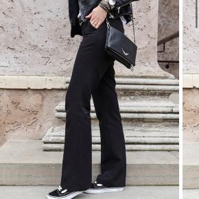 Sorte neonoir bukser