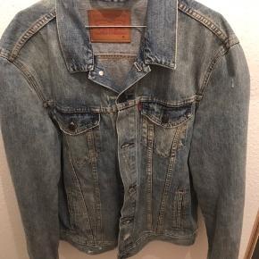 Levis Tucker Jacket med slid Str XL   Nypris 1200,-