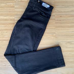 Slim fit jeans fra acne