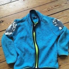 Molo fleece jakke str 110 -fast pris -køb 4 annoncer og den billigste er gratis - kan afhentes på Mimersgade 111 - sender gerne hvis du betaler Porto - mødes ikke andre steder - bytter ikke