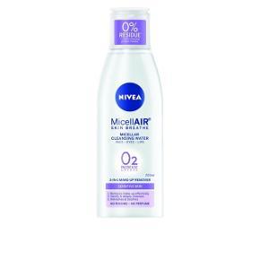 Nivea Essentials Micellar Water Sensitive 200 ml sælges, da jeg ikke får den brugt. Ny pris 39,95 i Matas. Min har aldrig været åbent.  Info fra Matas egen side: 3 i 1 produkt: 1. Renser. 2. Fjerner makeup. 3. Genopfrisker og fugter. Olie, snavs og make-up bliver nemt absorberet uden at ødelægge hudens naturlige barriere. Meget mild, derfor særligt velegnet til sensitiv hud.  OBS: se de gode anmeldelser på Matas egen side.