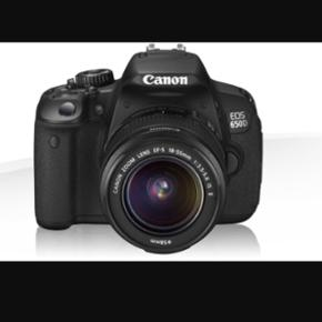 Canon EOS 650D 18-55mmSælges da de ikke bliver brugt, ingen fejl, meget fint brugt!:) Vendbar touch skerm   Byd gerne! Taske og sd-kort medfølger:)  https://www.canon.dk/for_home/product_finder/cameras/digital_slr/eos_650d/