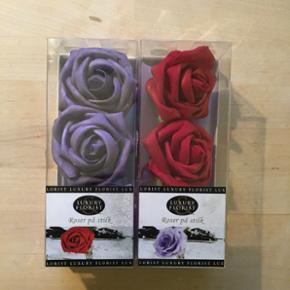 Kunstige roser, røde eller lilla, prisen er pr. pakke