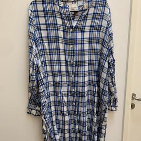 Fin skjorte kjole