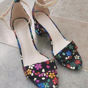 B&CO heels