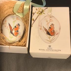 Royal Copenhagen i original æske med rede og bånd  Et samler objekt   2014 sommerfugl  Sender + Porto