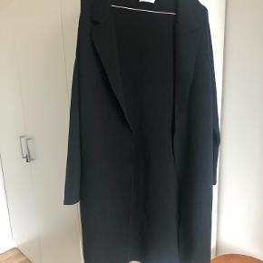 Neo Noir cardigan