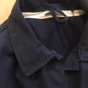 Camp jacket. Aldrig vasket. Mp. 700 kr.
