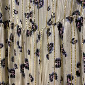 Smuk smuk kjole fra levete room, virkelig elegant.  Ny med mærke.  Sælges kun da den er for stor til mig.