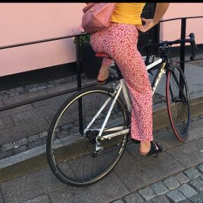 Super fine bukser, næsten ikke brugt 💘