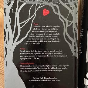 En New York Times-bestseller.  Maggie Stiefvater bog 1+2 i Shiver serien  Vildskab og Lidenskab  En ensom pige - en ulvedreng - deres hemmelighed