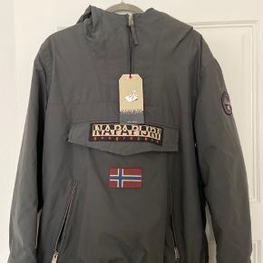 warm winter jacket 🔝