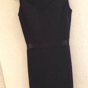 Sød kjole fra H&M sælges. 🌸