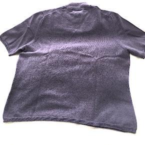 Peter Hahn 100% cashmere kortærmet sweater, brugt få gange, er som ny.