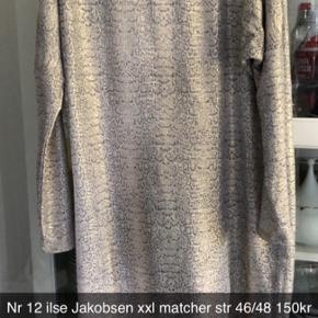 Flotteste Ilse Jacobsen kjole der desværre er blevet for stor. Jeg passede den da jeg var str M i zizzi