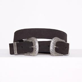 Western-inspireret bælte i ægte læder fra Vero Moda Str.M
