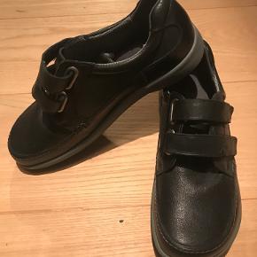 New Feet flats