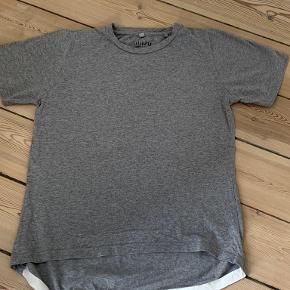 Aiayu T-shirt