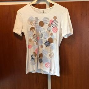 Fin t shirt fra Gerry Weber næsten ikke brugt