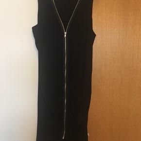 Skøn kjole er som ny