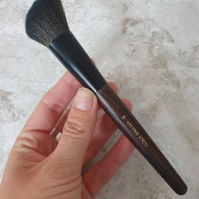 Pure collection 188 blush brush
