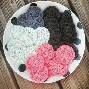Hæklede rondeller  Tåler maskinevask ved 60-95 grader 5kr stk.