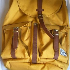 Brand new Hershel bag that was never used.