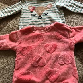 Baby sweaters brugt 1-2 . Den med hjerter på i str 80