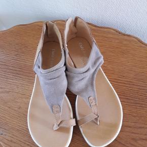 Super lette sandaler med god pasform .