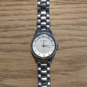 The watch is a very good condition