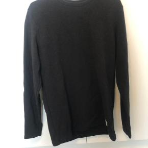 Non-Sens sweater