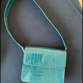 Hvisk taske i turkis grøn