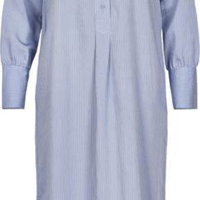 Skjorteskole fra And Less, aldrig brugt. Har slidser i siderne. Str. M men passes også af en str. S. FLERE BILLEDER KOMMER!