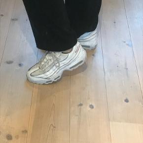 Nike air max 95 Sælger denne super fede sko, som jeg bare ikke bruger særlig meget.