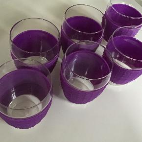 6 stk som nye Bodum glas med silikone tape.  Samlet pris.