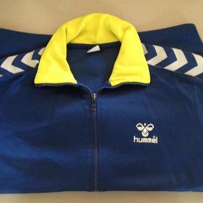 Fin Zip trøje Farve: Blå/gul/hvid