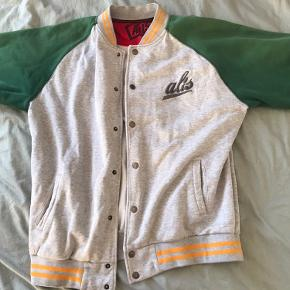 Alis jakke