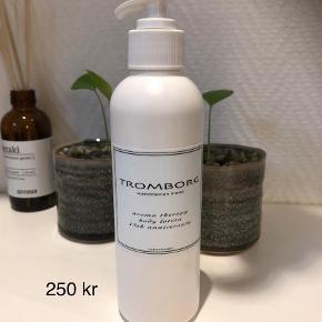 Varetype: Body lotion Størrelse: 200 ml Farve: Ukendt