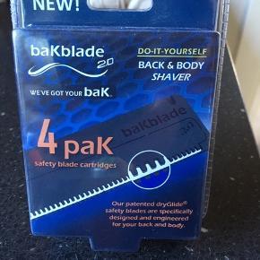 Bakblade 2.0  Barberblade til ryg og krop.  4 blade i pakke.  Uåbnet.  Normalpris 149kr
