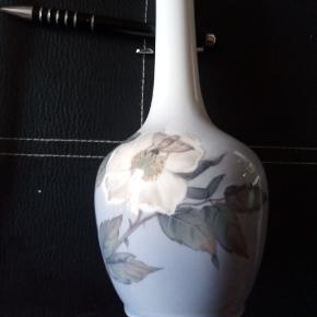 Vildrose 19cm vase 2. Sortering