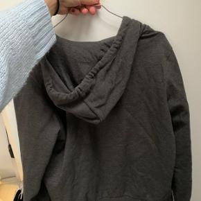 Mørkegrå hættetrøje fra h&m i xs