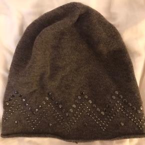 Hat fra Rosemunde Copenhagen. Aldrig brugt