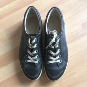 b597496bd14 Dame Ecco sko, str. 40 - brugt få gange