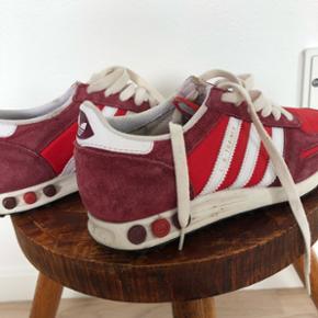 Røde sko fra Adidas i str 37