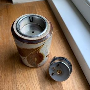 Lighter fra søholm den virker der skal ny gas i. Man kan fjerne lighter hus og bruge den som fyrfadslys.