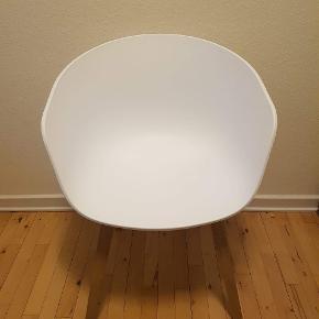 6 stk. HAY AAC (About A Chair) 22 sælges.  Vejledende nypris (ifølge hay.dk) er 1.699 pr. stk.  Stolene er ca. to år gamle, men er i rigtig god stand (se billeder).