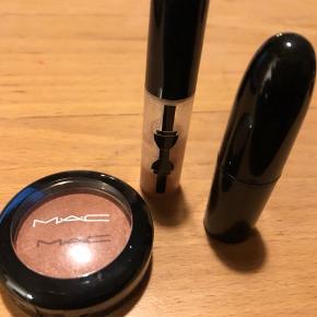 Brugt makeup. Sælges samlet for 55,- PP.  Bytter ikke.  Sender gerne med Dao for købers regning.