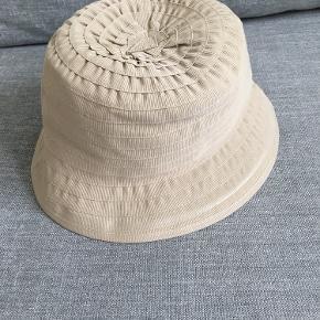MJM hat & hue