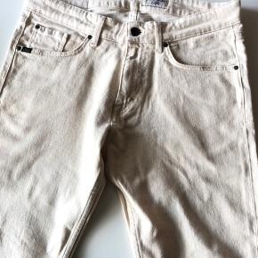 Beige Tiger jeans i deres nye SS20 model Rex, str 31/32, ny uden prismærke