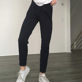 Blå habitbukser - brugt få gange